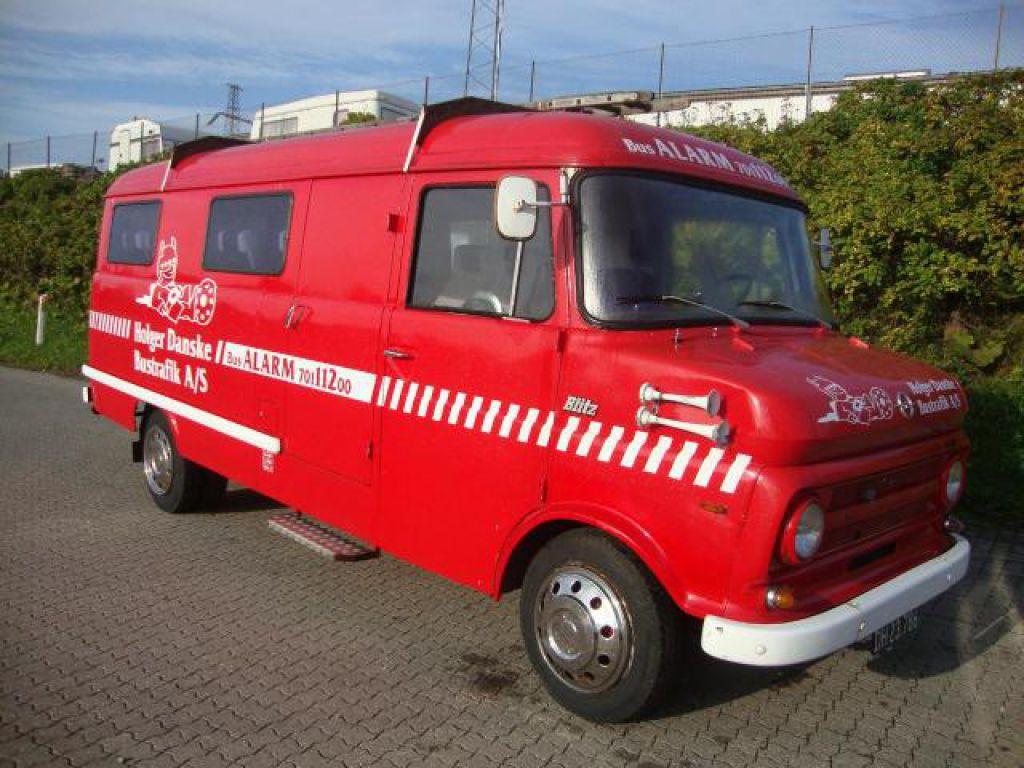 Topnotch Opel Blitz mandskabsvogn / brandbil, 10+1 til salg. På Retrade kan JU-58