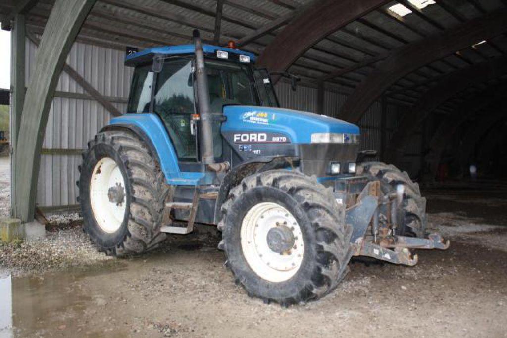 Ford 8870 Traktor 4WD / Tractor Ford 8870 4 WD til salg. På Retrade kan du købe brugt udstyr ...