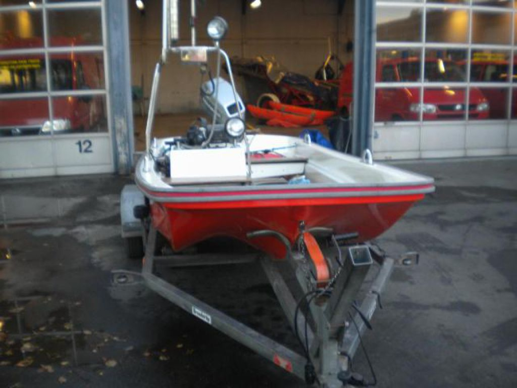 Afholte Jolle/båd, type DORY 13, med 40 HK Mariner påhængsmotor for sale JA-07
