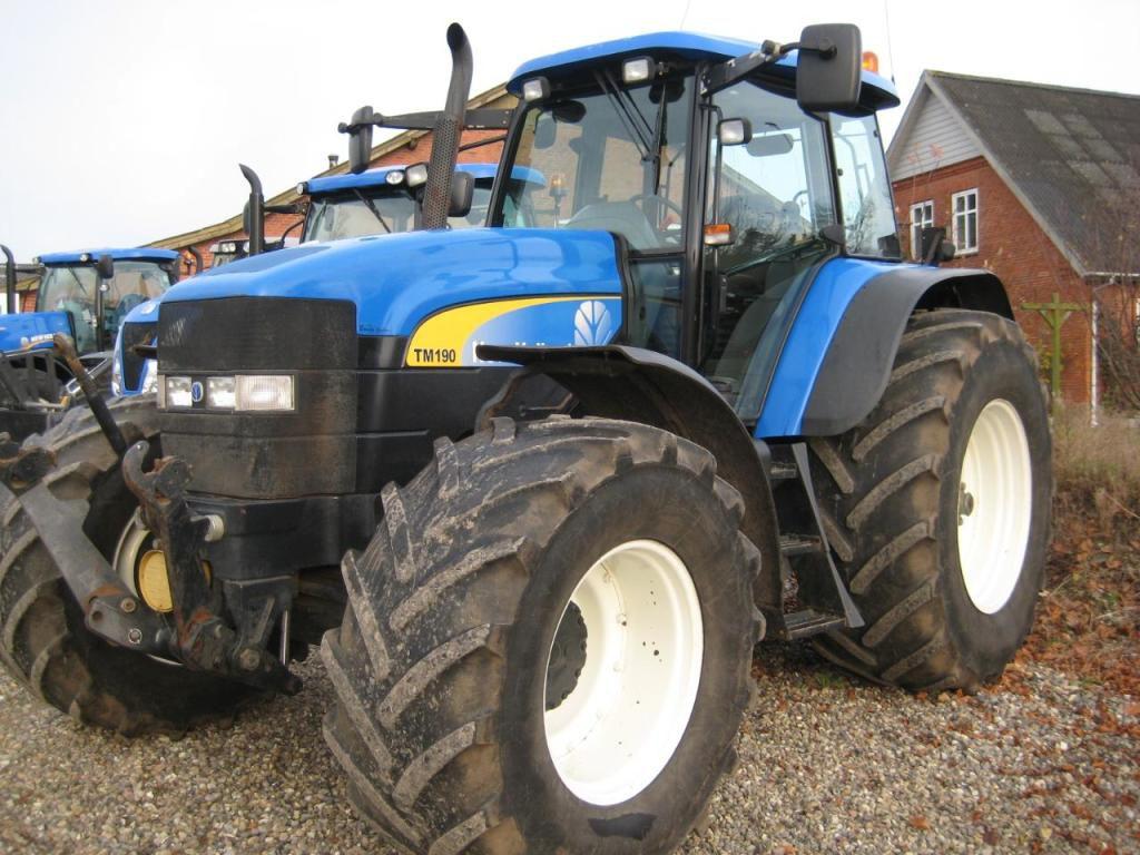 traktor new holland tm 190 tractor new holland tm190 for. Black Bedroom Furniture Sets. Home Design Ideas