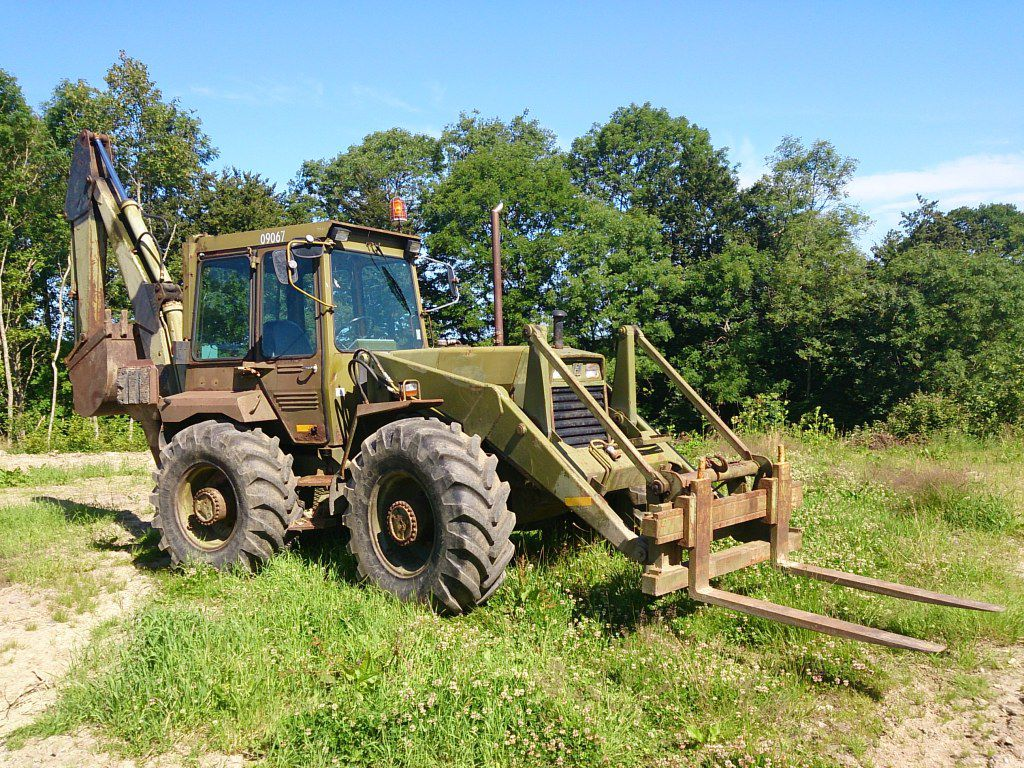 Hydrema 807 Rendegraver / Hydrema 807 Backhoe for sale. Retrade offers used machines, vehicles ...