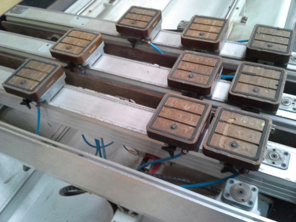 Biesse Rover CNC fræser til træ-alu / Biesse CNC milling machine for wood and Alu til salg. På ...