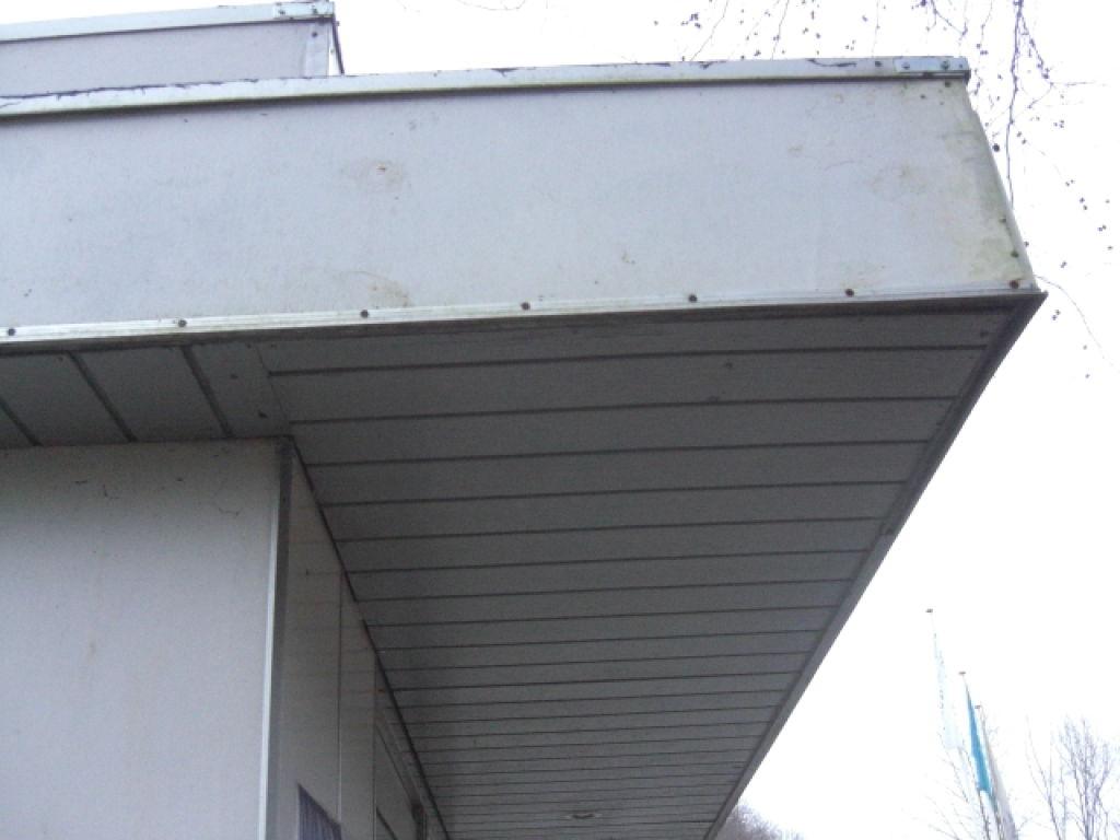 Moderne Flytbar pølsebod / pavillon med inventar og udstyr. til salg. På OD-62