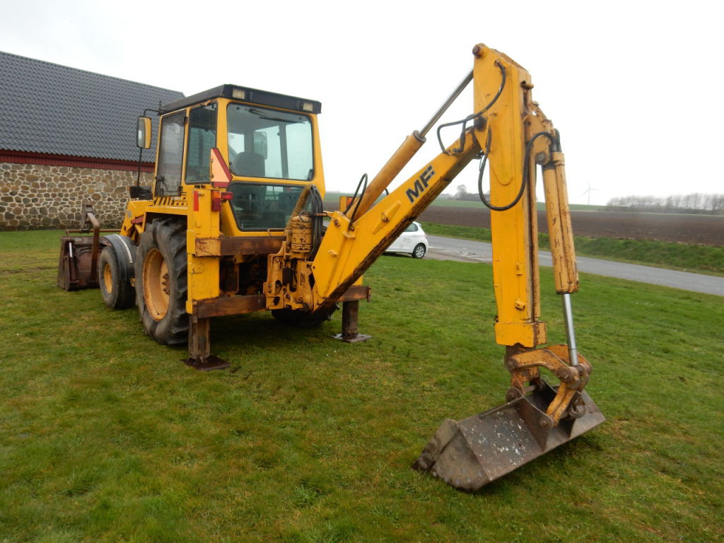 Massey Ferguson 50 Hx Rendegraver    Massey Ferguson 50hx Backhoe Loader For Sale  Retrade Offers
