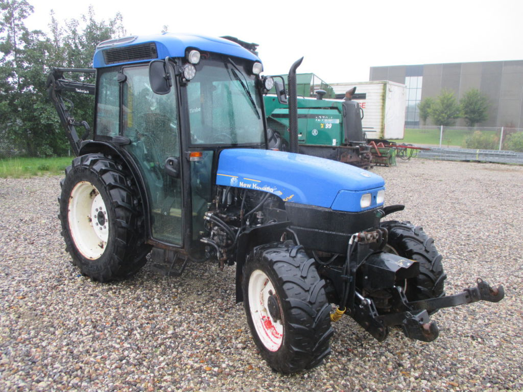 NEW HOLLAND TN75 KOMPAKT TRAKTOR / NEW HOLLAND TN75 COMPACT