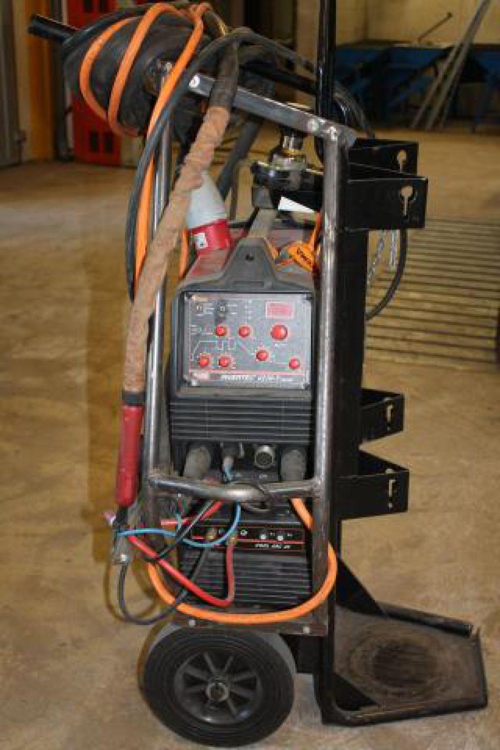 Splitter nya TIG - svets LINCOLN Invertec V270 for sale. Retrade offers used IO-34