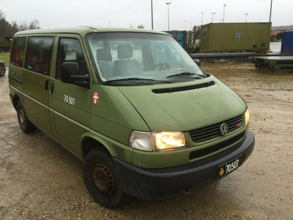 Vw Transporter 4x4 Syncro Equipment Used By The Army For