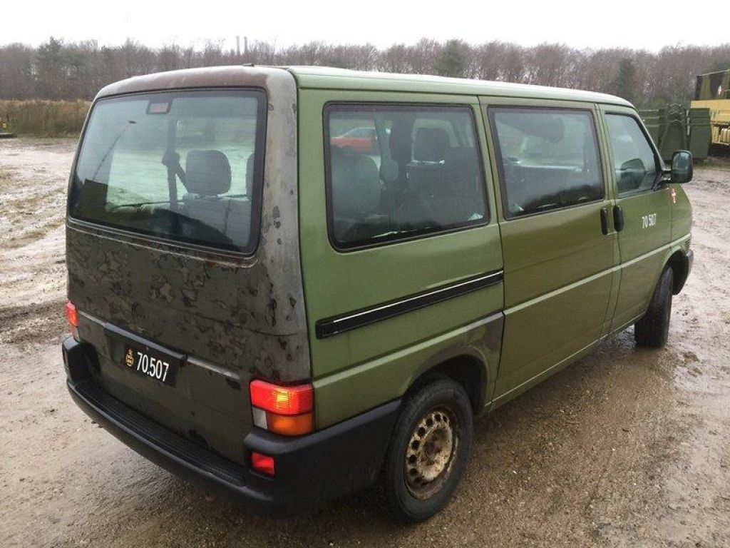 vw transporter 4x4 syncro equipment used by the army for. Black Bedroom Furniture Sets. Home Design Ideas