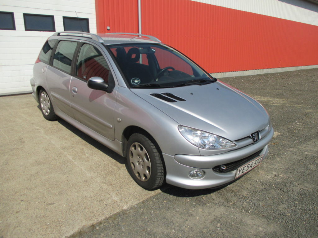 peugeot 206 sw 1 4 hdi st car for sale retrade offers used machines vehicles equipment and. Black Bedroom Furniture Sets. Home Design Ideas