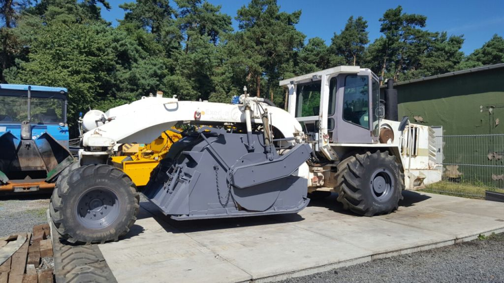 Remixer    Soil Stabilizer For Sale  Retrade Offers Used