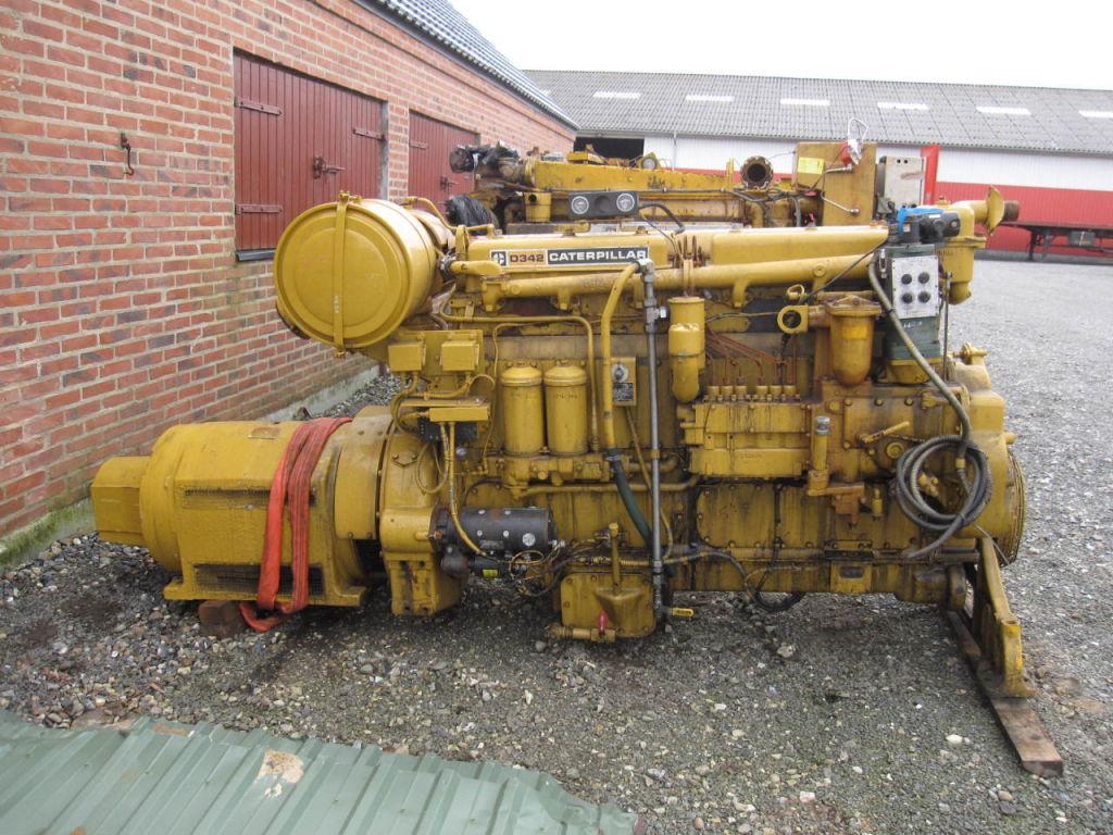 Caterpillar D342 6 cyl. Turbo Diesel motor med Generator   Caterpillar D342  6 cyl. ff8d25bc56c