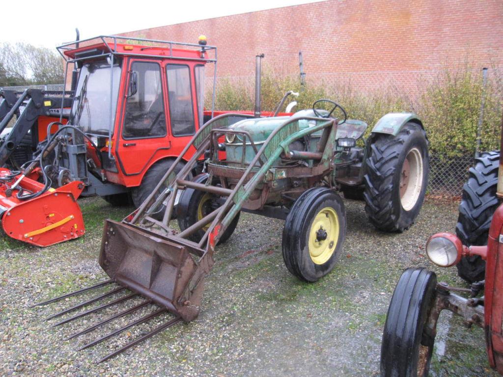 deutz d30 tractor med frontl sser tractor with loader. Black Bedroom Furniture Sets. Home Design Ideas