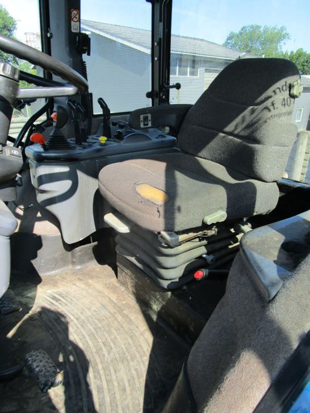 New Holland 8870 4wd Tractor for sale  Retrade offers used