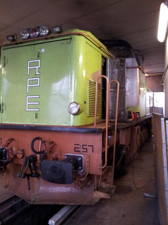 Diesel-Elektro T43 Locomotive Re Powred Engineering 2002