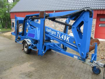 UpRight TL49K 17 meter Trailer lift