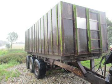 30 M3 Tipvogn 3-akslet med bremser/drejbar aksler / Tipper 3-axle with brakes / swivel axles