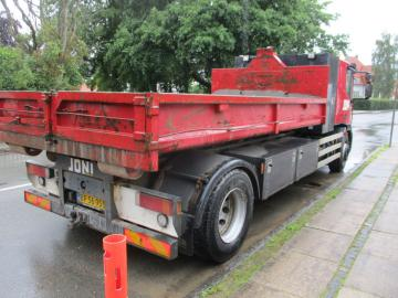 Iveco Eurocargo 180 E 28 med kroghejs, container / with hooklift, container