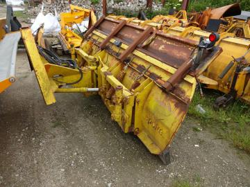Epoke traktor sneplov / snow plow for tractor
