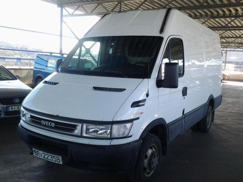 IVECO DAILY 50C17 M/ BAKLØFTER - 0