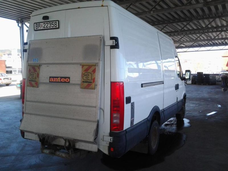 IVECO DAILY 50C17 M/ BAKLØFTER - 2