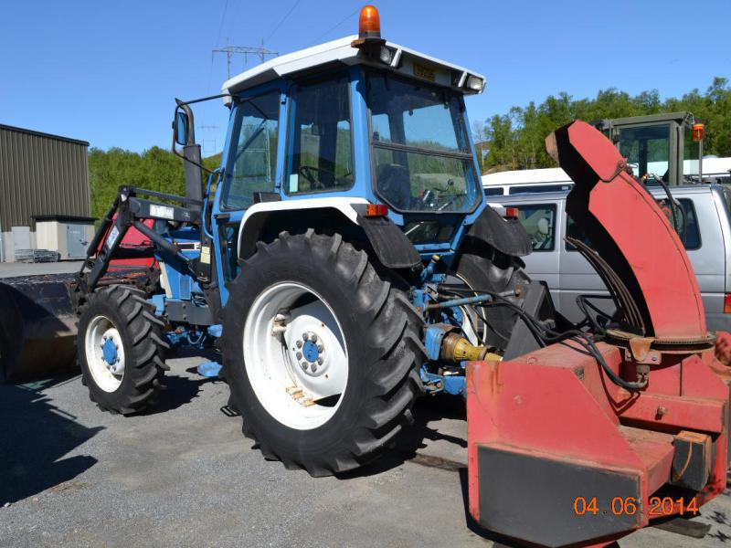 Traktor, FORD 5610 4X4, Tractor for sale. Retrade offers used machines, vehicles, equipment and ...