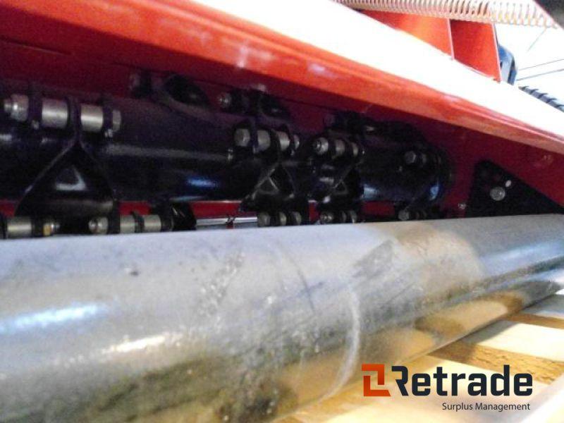 Bernards ATV120 Slagleklipper til salg. På Retrade kan du købe brugt udstyr, maskiner, køretøjer ...
