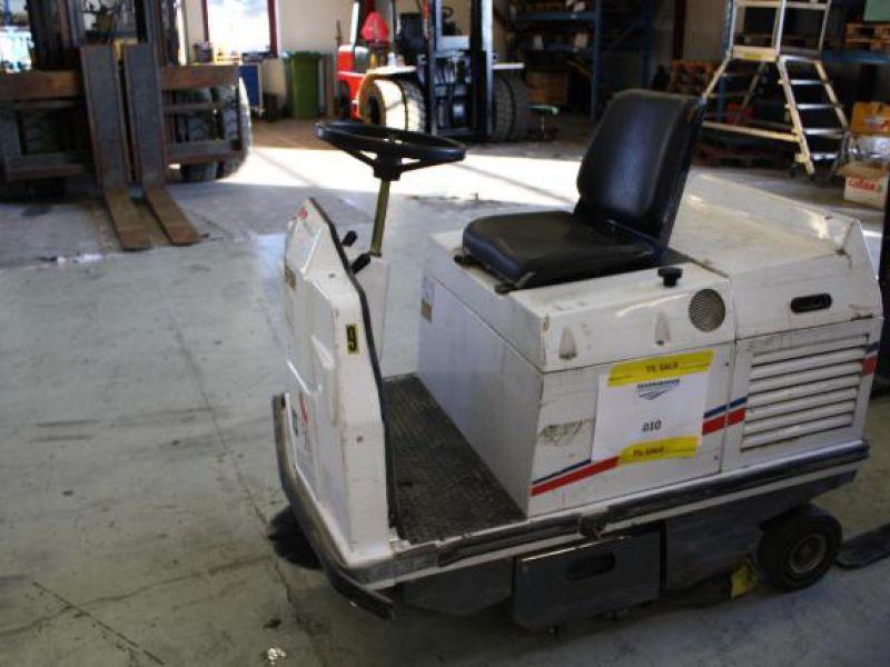Dulevo 75EH Fejemaskine til salg. På Retrade kan du købe brugt udstyr, maskiner, køretøjer og ...