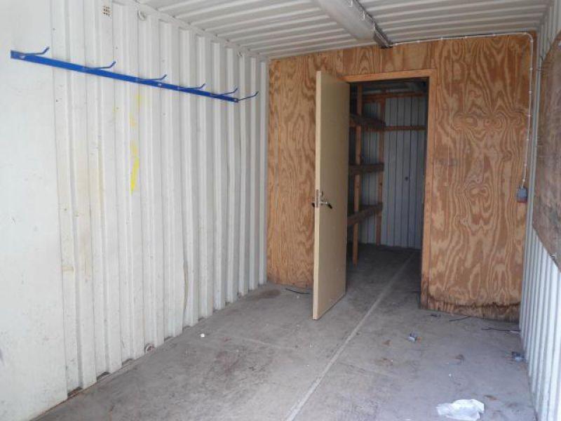 Container 20 fod, til salg. På Retrade kan du købe brugt udstyr, maskiner, køretøjer og andet ...