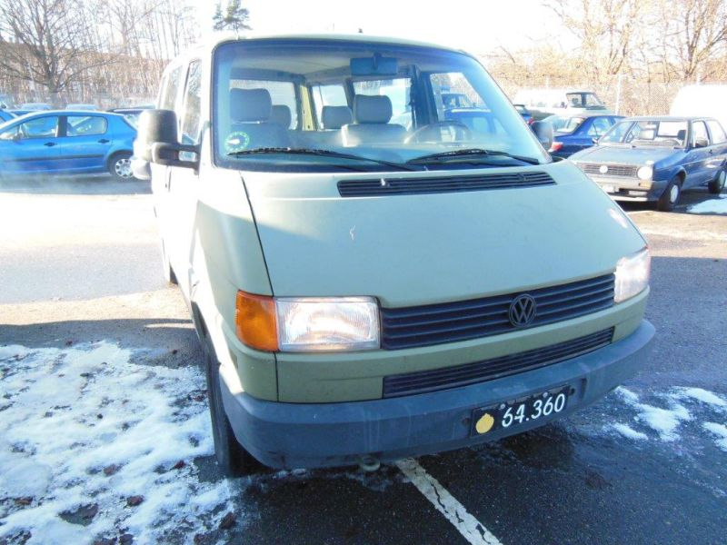 VW Transporter 2,4 / Army equipment - 2