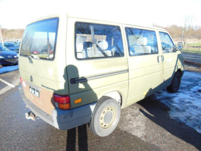 VW Transporter 2,4 / Army equipment - 12