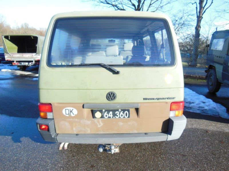 VW Transporter 2,4 / Army equipment - 13
