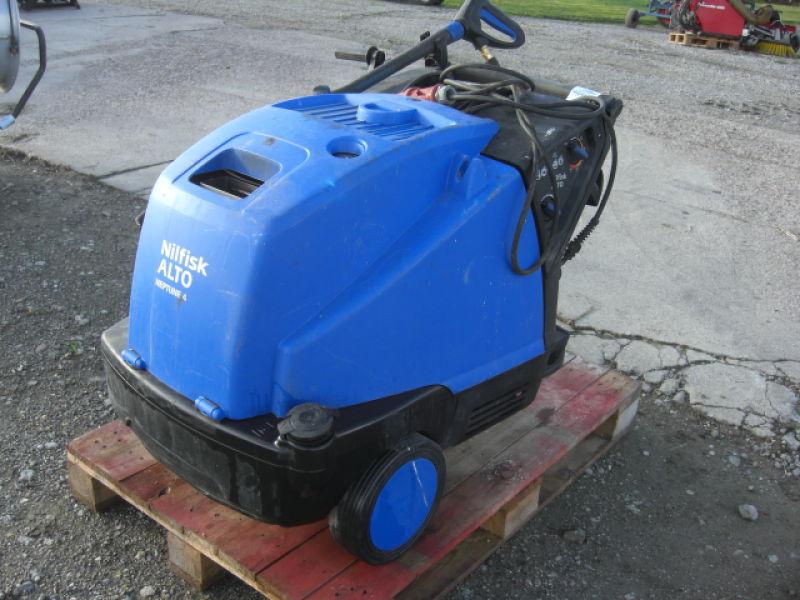 Nilfisk Alto Neptune 4 hedvandsvasker, 400/3 volt fyr. Årgang 2011. til salg. På Retrade kan du ...