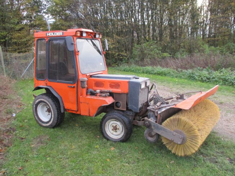 Holder P 70 MINITRAKTOR MED STENSBALLE KOST 130 CM / MINI TRACTOR with Sweeper - 6