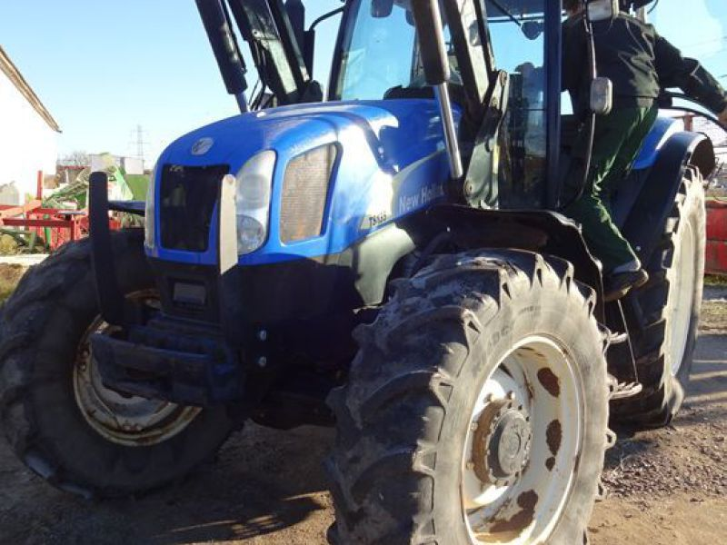New holland tractor - 11