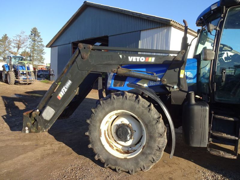 New holland tractor - 35
