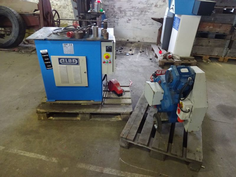 Klippe og bukkemaskiner / Cutting and bending machines - 2