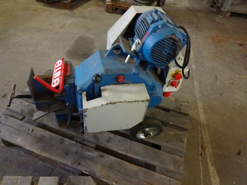Klippe og bukkemaskiner / Cutting and bending machines - 10