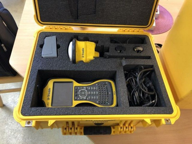Totalstation / Total Station Trimble  - 24
