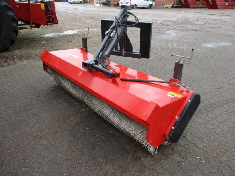 KERSTEN Hydraulisk Fejekost til Minilæsser / Sweeper for Mini Loader - 1