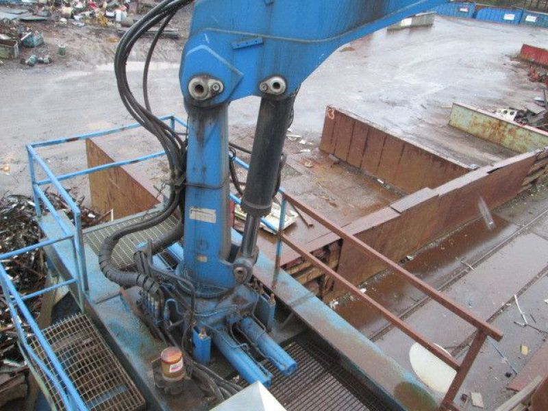 Skrotsax med kran/Scrap shear with crane - 65