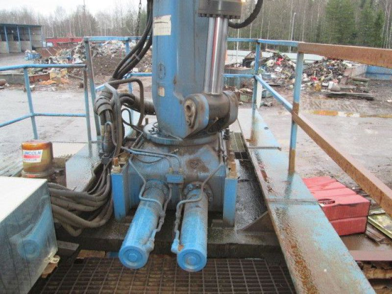 Skrotsax med kran/Scrap shear with crane - 69