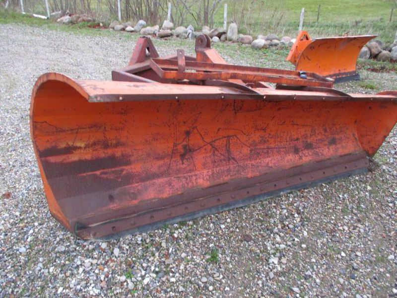 Sneplov 3 meter monteret med A-ramme / Snowplow with a frame - 1