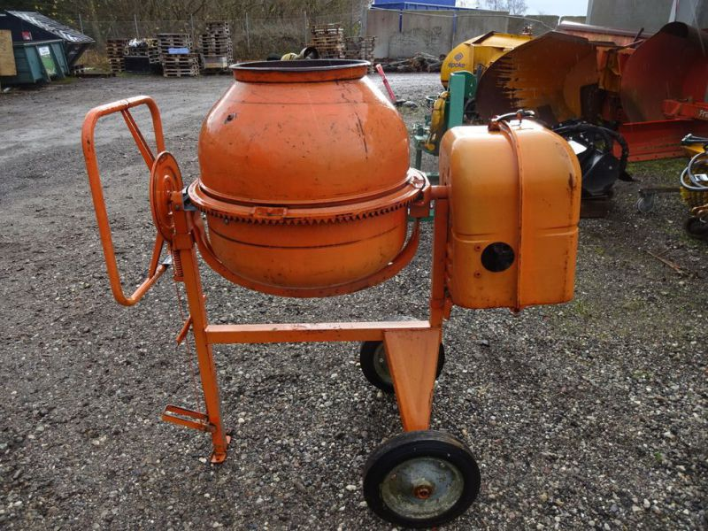 Blandemaskine med benzinmotor / Concrete mixer with petrol engine - 4