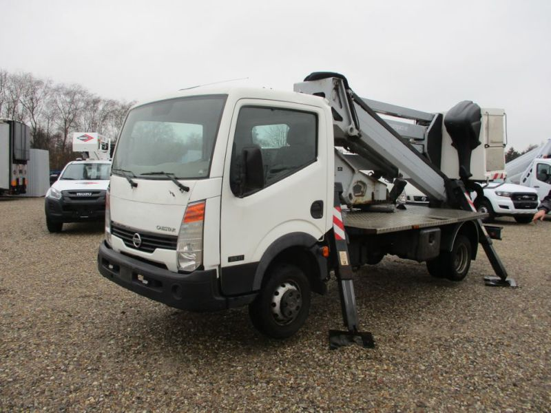 Oil & Steel Snake 20.10 Compact Person Lift / NISSAN CABSTAR F35.11 / Truck mounted Lift - 2