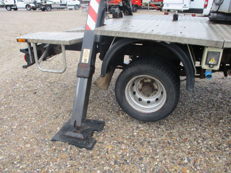 Oil & Steel Snake 20.10 Compact Person Lift / NISSAN CABSTAR F35.11 / Truck mounted Lift - 27