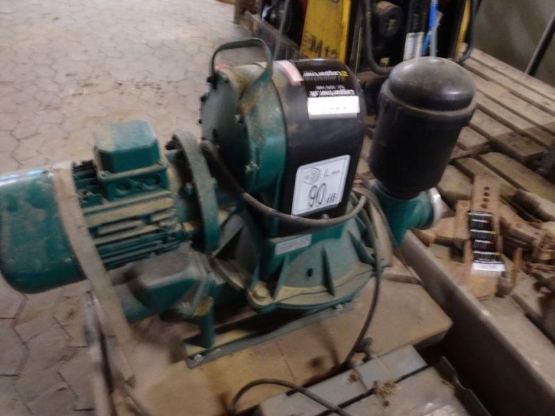 Caffini 3 tommer pumpe til el / Caffini 3 inch pump for electricity til salg. På Retrade kan du ...
