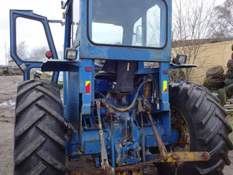 Ford County 944 4x4 / Tractor - 7