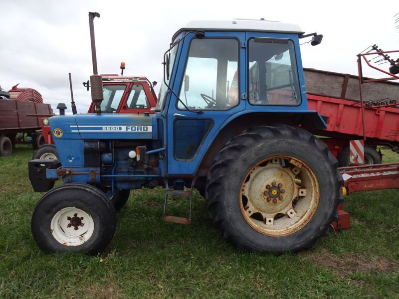 Ford 5600 2wd Tractor - 7