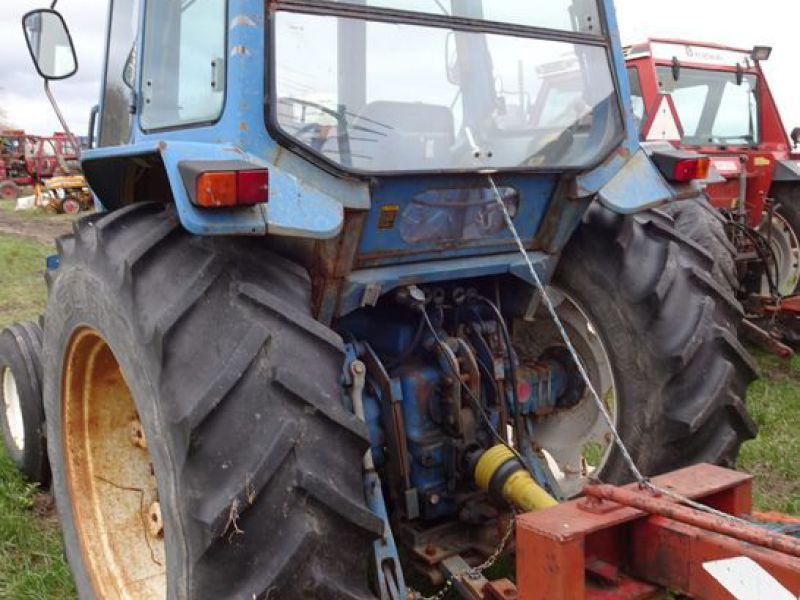 Ford 5600 2wd Tractor - 8