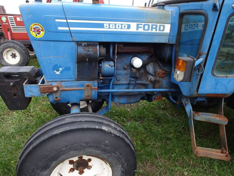 Ford 5600 2wd Tractor - 15